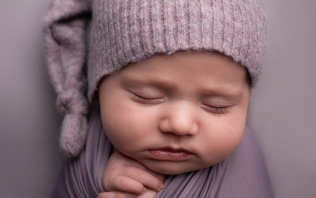 Sådan hjælper du dit spædbarn til at sove trygt og godt